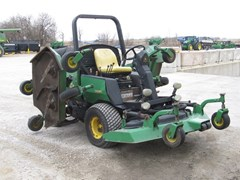 Riding Mower For Sale:  2000 John Deere 1600