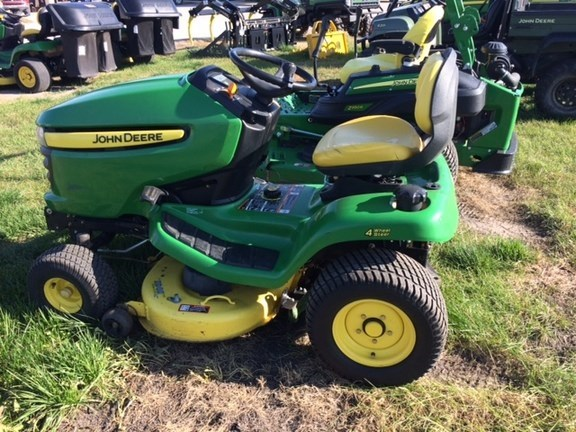 2010 John Deere X304 Riding Mower For Sale