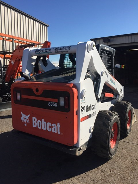 Bobcat S630 T4 Skid Steer
