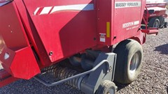 Baler-Square For Sale:  Massey Ferguson 1843S