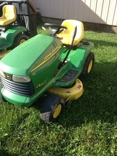Riding Mower For Sale:  2000 John Deere LT155 , 15 HP