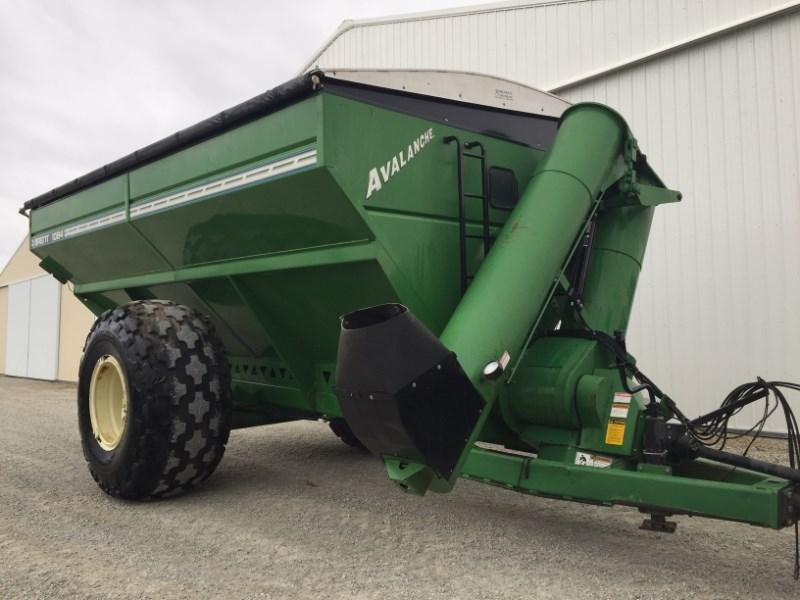 2000 Brent 1084 Grain Cart For Sale