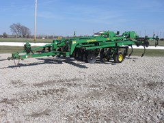 Tillage For Sale 2007 John Deere 2700