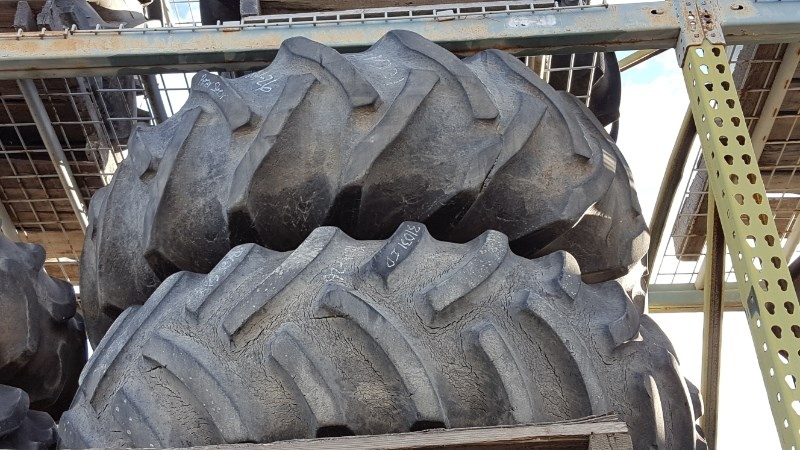 Case IH 18.4R26 Wheels and Tires For Sale