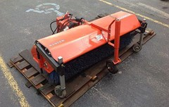Attachment For Sale:   Kubota B3262A