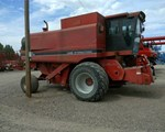Combine For Sale: 1992 Case IH 1680, 208 HP