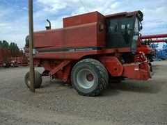 Combine For Sale 1992 Case IH 1680 , 208 HP