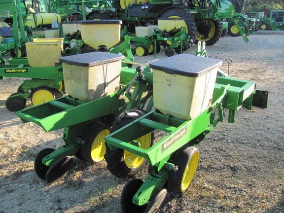 Pequea 2r/38 in Planter For Sale