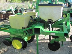 Planter For Sale Pequea 2r/38in / with fert