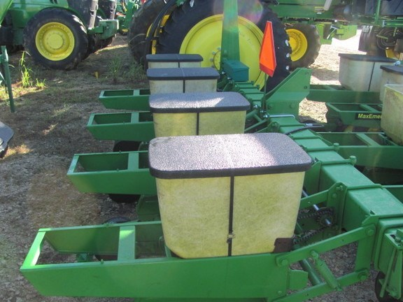 Pequea 4r/38in Planter For Sale