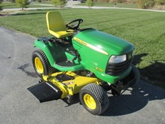 Riding Mower For Sale:  2007 John Deere X740 , 24 HP