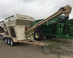 Seed Tender For Sale: 2015 Unverferth 3750XL