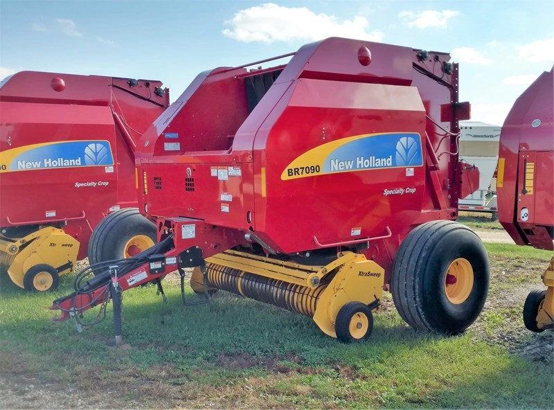 2013 New Holland BR7090 Baler-Round For Sale