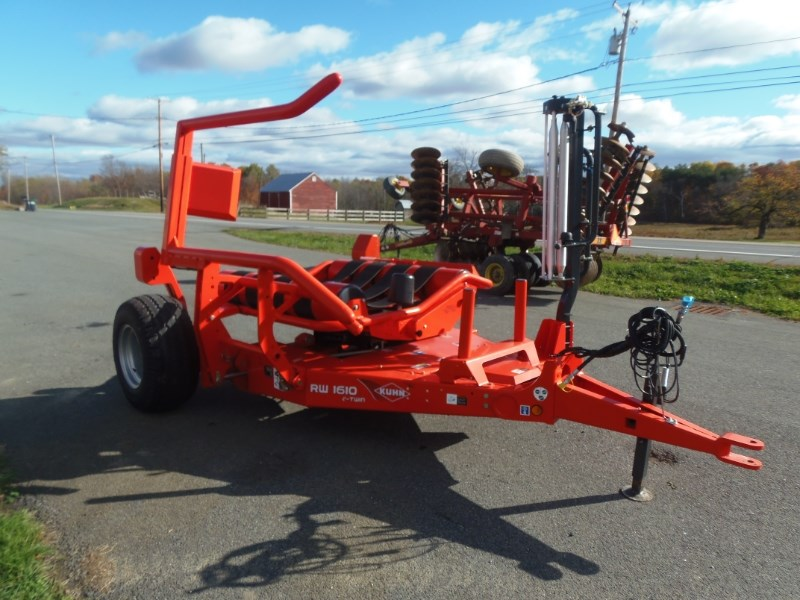 2014 Kuhn RW1610C Bale Wrapper For Sale