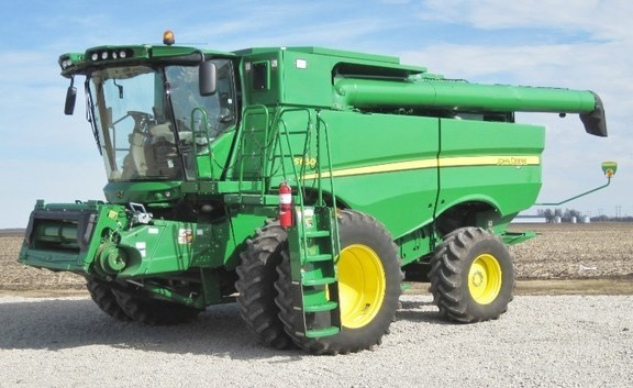 2014 John Deere S660 Combine For Sale