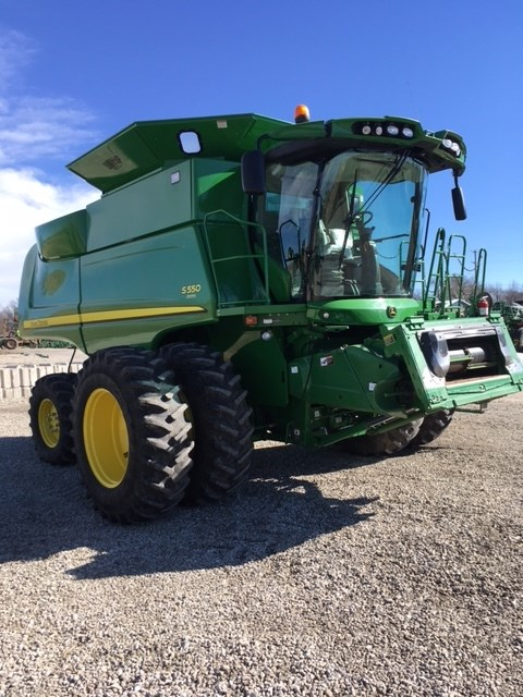 2013 John Deere S550 Combine For Sale