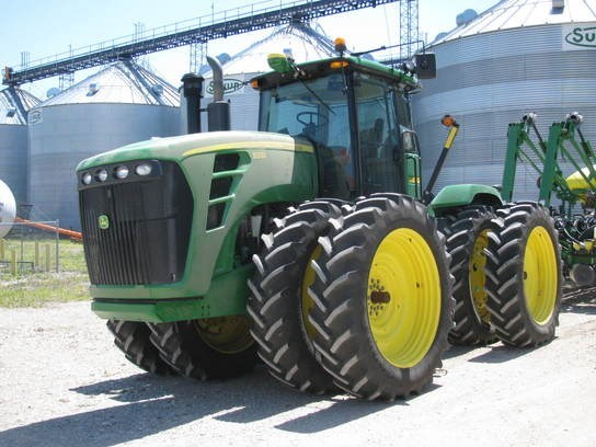 2010 John Deere 9330 Tractor For Sale