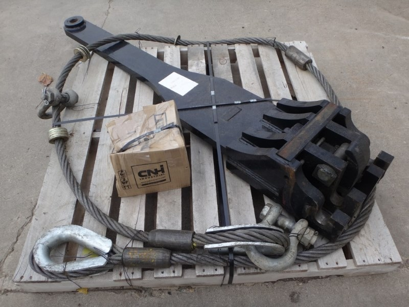 Case IH  Drawbar/Scraper Hitch @ Tow Cable Hitch a la venta