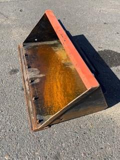 Bucket :  Toro 42IN