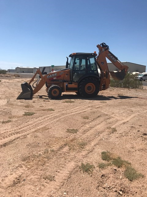 Case 580SN Loader Backhoe