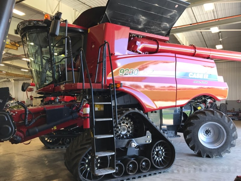 2014 Case IH 9230T Combine For Sale