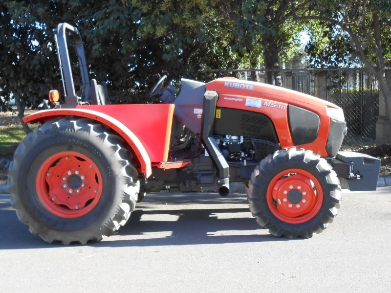 Kubota M5L-111-SN Tractor For Sale