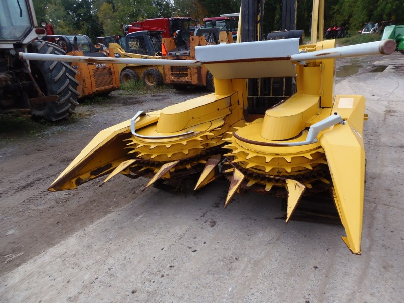Dion F64 Header-Corn For Sale