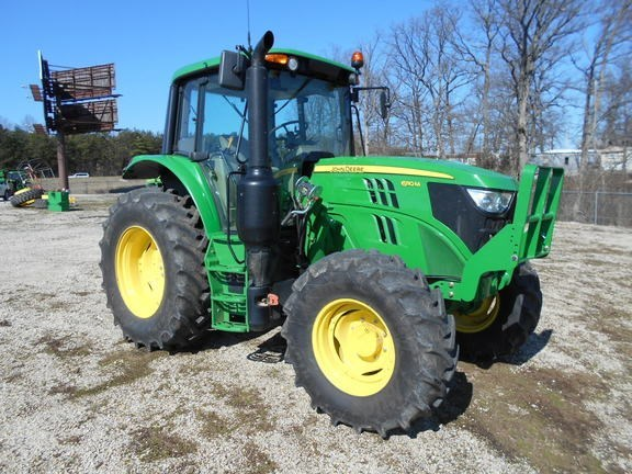 2016 John Deere 6110M Tractor For Sale