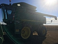 Combine For Sale:  2005 John Deere 9760 STS