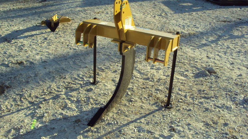 Dirt Dog HDSS1 3pt. super duty sub soiler ripper Rippers For Sale