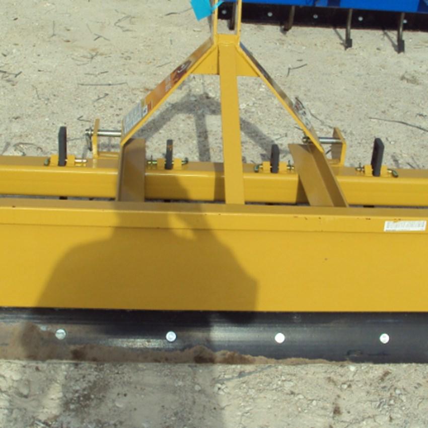 Dirt Dog New 3pt 6' HD box blade SBX72 with ripper teeth
