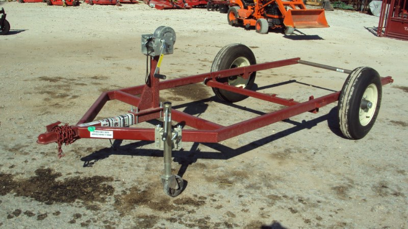 Tarter Livestock squeeze chute dolly Misc. Ag For Sale