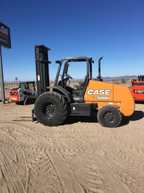 Case 588H Lift Truck/Fork Lift-Rough Terrain