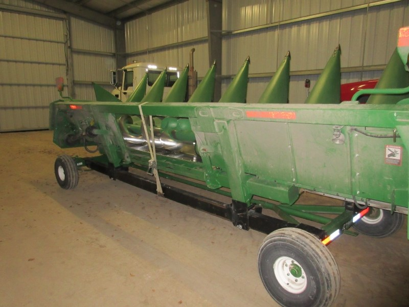 2014 John Deere 608C Header-Corn For Sale