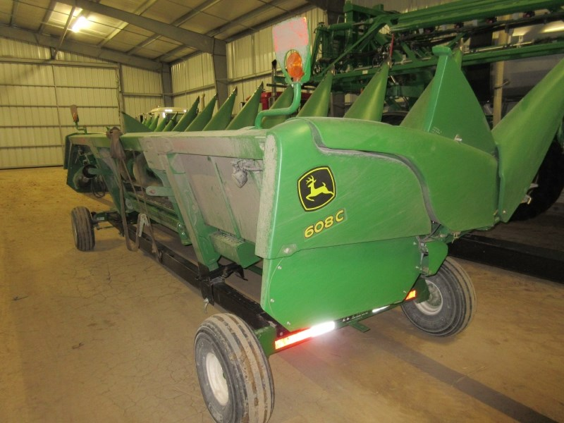 2014 John Deere 608C Header-Corn For Sale