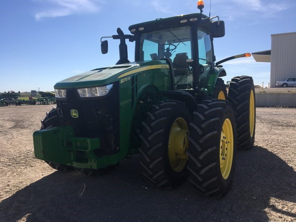 2016 John Deere 8270R Tractor For Sale