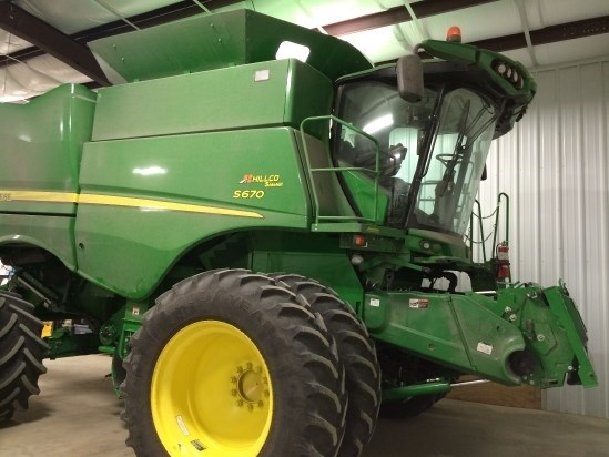 2016 John Deere S670 HILLCO Combine For Sale