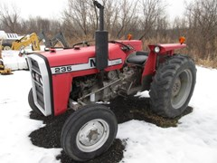Tractor - Utility For Sale 1976 Massey Ferguson 235 , 42 HP