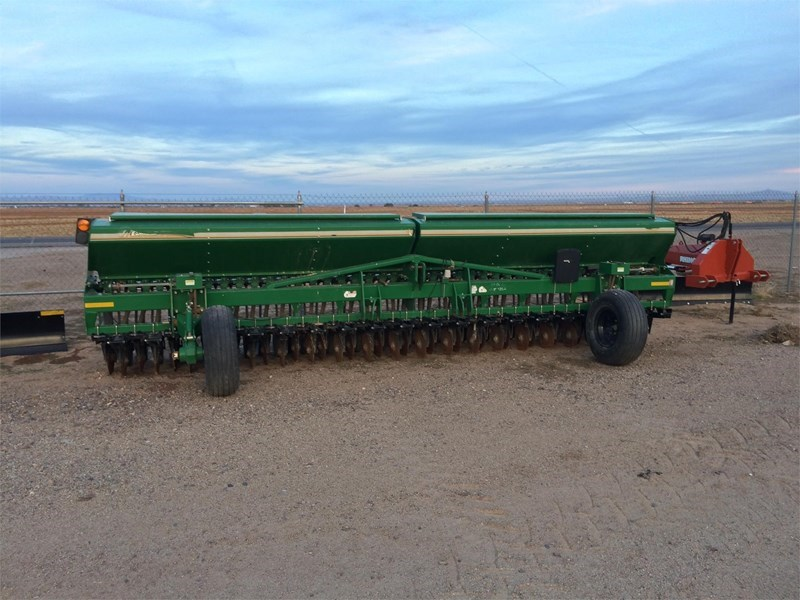 2011 Great Plains 2000 Grain Drill