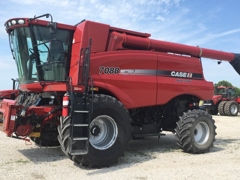 2008 Case IH 7088 Combine For Sale