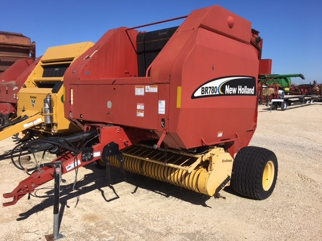 2005 New Holland BR780 Baler-Round For Sale