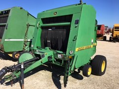 Baler-Round For Sale:  1998 John Deere 556