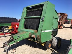 Baler-Round For Sale:  1984 John Deere 530