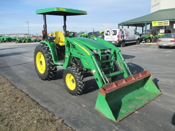2004 John Deere 4120 Tractor For Sale
