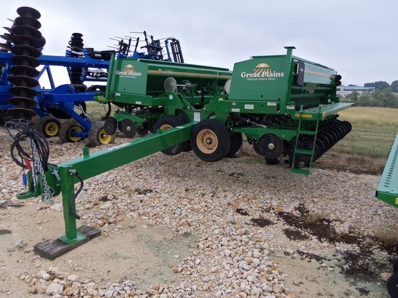 2015 Great Plains 2600HD Grain Drill For Sale