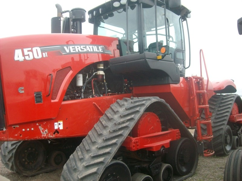 2014 Versatile 450DT Tractor For Sale