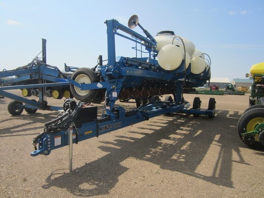 Kinze 3660 Planter For Sale