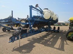 Planter For Sale:  Kinze 3660