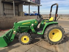 Tractor For Sale:  John Deere 3032E