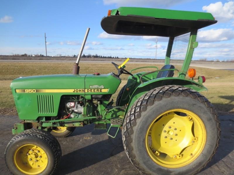 John Deere 950 Tractor Seat : John deere tractor compact for sale at somonauk
